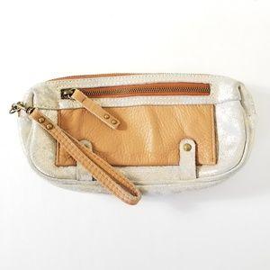 Schuler & Sons | Leather Wristlet Wallet Metallic